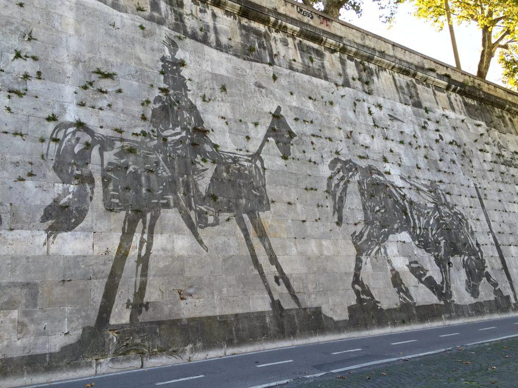 King Vittorio Emmanuel II on a mock horse and a broken stumbling horse